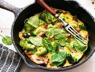 Рецепта Фритата с гъби, спанак и домати на фурна
